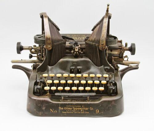Antique 1912 OLIVER No. 9 Printype Manual Typewriter Writing Instrument