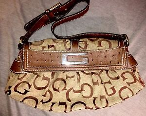 Guess Ostrich & Jacquard Shoulder Bag Belleville Belleville Area image 1