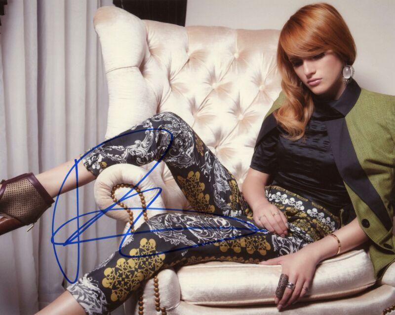 Bella Thorne AUTOGRAPH Signed 8x10 Photo E ACOA