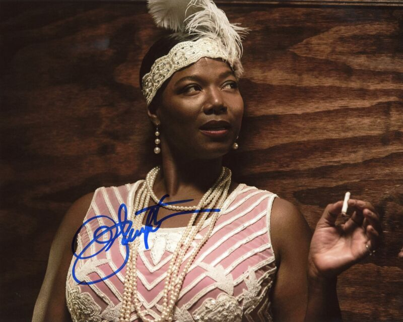 "Queen Latifah ""Bessie"" AUTOGRAPH Signed 8x10 Photo ACOA"