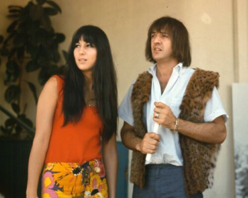 SONNY AND CHER - MUSIC PHOTO #E-58