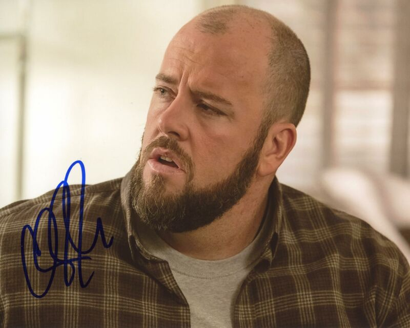 "Chris Sullivan ""This Is Us"" AUTOGRAPH Signed 8x10 Photo C ACOA"
