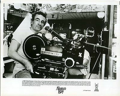 ALAMO BAY 1985 LOUIS MALLE Camera VIETNAM 10x8 STILL #13
