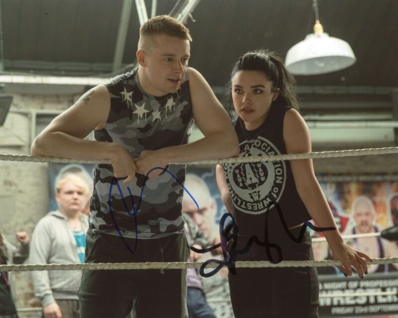 """Florence Pugh & Jack Lowden """"Fighting with My Family"""" AUTOGRAPH Signed Photo"""