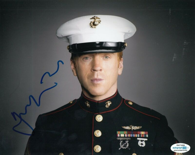 DAMIAN LEWIS signed (HOMELAND) TV Show 8X10 photo *Nicholas Brody* ACOA #1