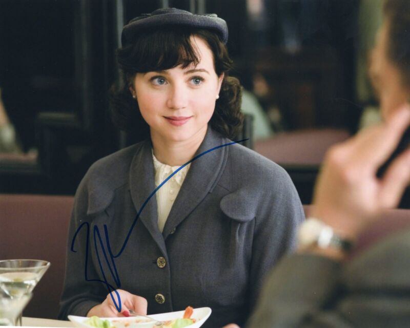 Zoe Kazan signed It's Complicated Movie 8x10 Photo w/COA Revolutionary Road #1