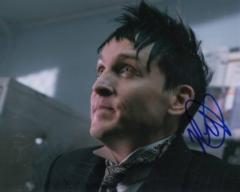 ROBIN LORD TAYLOR signed *GOTHAM* Penguin TV SHOW 8X10 photograph W/COA #1
