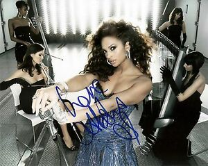 ALESHA-DIXON-SIGNED-PHOTO-AFTAL-UACC-IN-PERSON