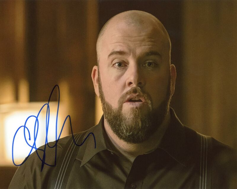 "Chris Sullivan ""This Is Us"" AUTOGRAPH Signed 8x10 Photo B ACOA"
