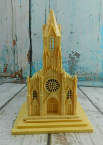 """Vintage Raylite Electric Corp Cathedral Church Plastic (NO Music Box) 10"""""""