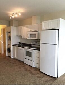 Condo in Brentwood