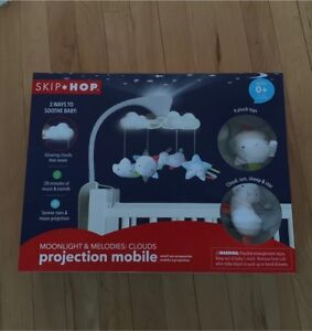 SKIP HOP Moonlight Melodies Cloud Projection Mobile New in Box