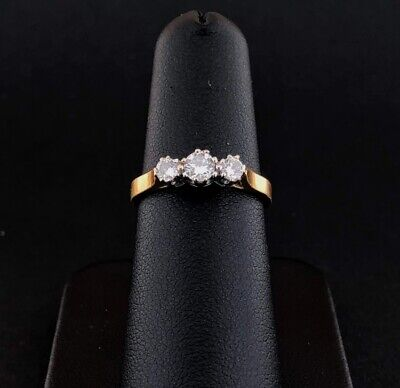 (SO4) 18ct CARAT Yellow Gold Diamond 0.33ct H Si3 Trilogy Ring 2.6grams Size L