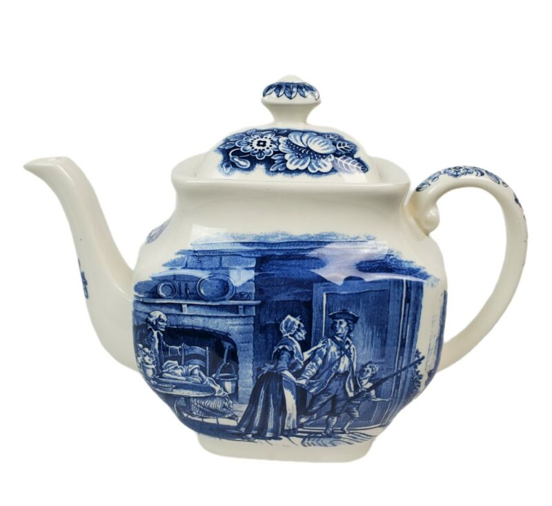 Vintage Liberty Blue and White Minute Men Historic Colonial Scenes 4 Cup Teapot