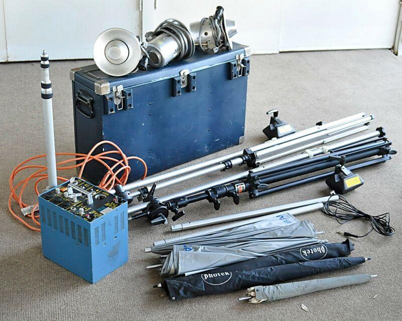 Balcar A1200 Flash Unit,4 heads,2 boom light stands,seamless stand,5 umbrellas