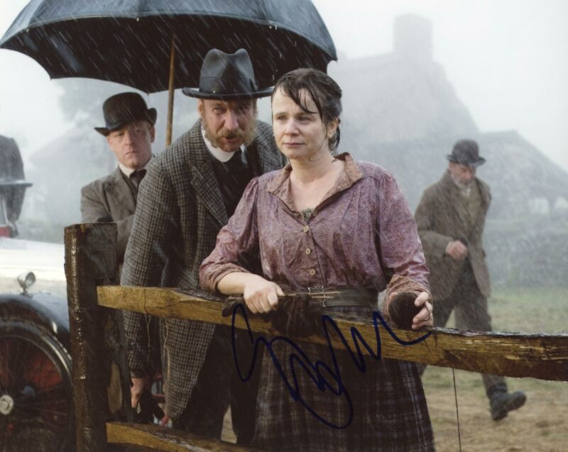 "Emily Watson ""War Horse"" AUTOGRAPH Signed 8x10 Photo"