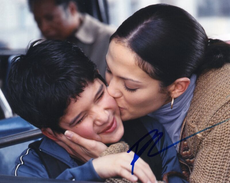 Tyler Posey Maid In Manhattan Ty Signed 8x10 Photo w/COA