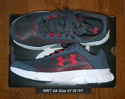 Boys Under Armour Tennis Shoes Size 5Y Black & Red NEW without box
