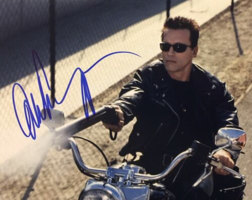 Arnold Schwarzenegger Terminator Autographed Signed 8x10 Photo Reprint