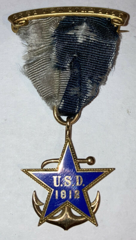 Antique 14k Gold United States Daughters 1812 DAR 1781-1815 New York Medal