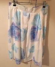 Showpo Printed Midi SKirt Castlereagh Penrith Area Preview