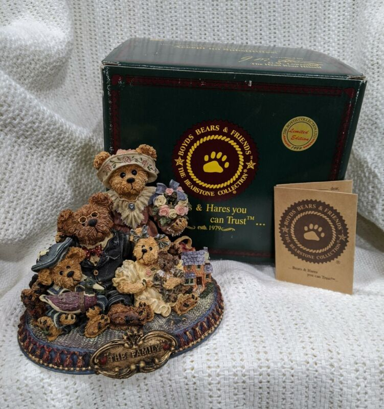 "Boyds Bears ""From Our Home to Yours"" #227804 Family Figurine Ltd Ed 1999"