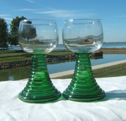 2 LARGE VTG GERMAN ROEMER WINE GLASSES GREEN BEEHIVE STEM 0.2 L
