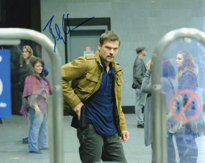Bailey Chase 24 Legacy TV Show Thomas Locke Signed 8x10 Photo w/COA #1