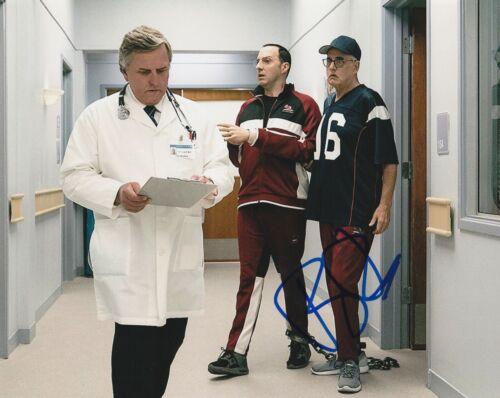 * TONY HALE * signed autographed 8x10 photo * ARRESTED DEVELOPMENT * 3