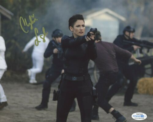 Chyler Leigh Supergirl Autographed Signed 8x10 Photo ACOA