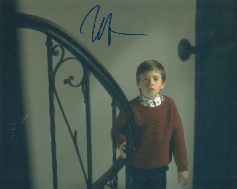 HALEY JOEL OSMENT signed (THE SIXTH SENSE) Movie 8X10 *Cole Sear* photo W/COA #4