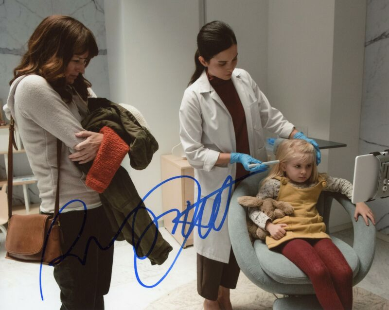 "Rosemarie DeWitt ""Black Mirror"" AUTOGRAPH Signed 8x10 Photo B ACOA"