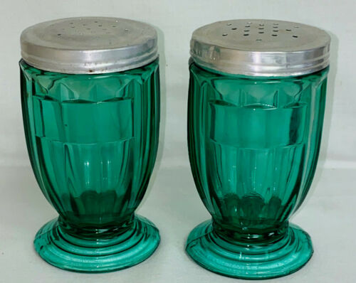 "2 Jeannette ULTRAMARINE / GREEN * 4 1/4"" FOOTED SHAKERS*"