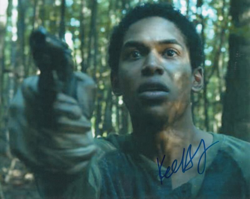 KELVIN HARRISON JR signed (IT COME A NIGHT) *TRAVIS* Movie 8X10 photo W/COA #2