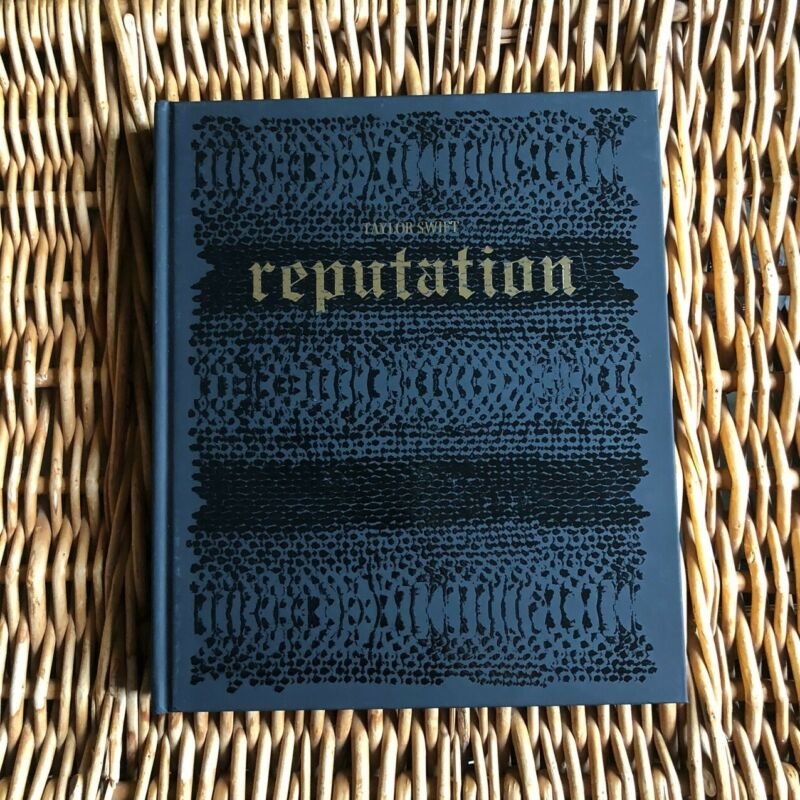 LIMITED EDITION/RARE Taylor Swift Reputation Tour Book