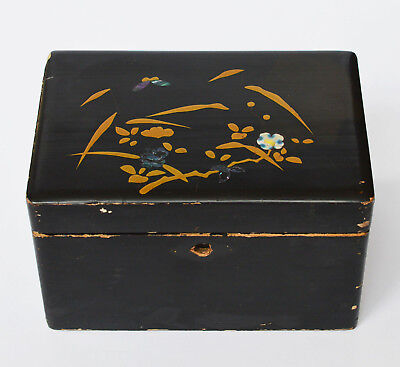 Schatulle Kästchen Lackdose Dose handbemalt Permuttauflage Blumen Asien Asiatika