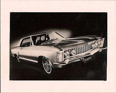 1963 Buick Riviera, Mounted Original 1963 Press Photo black & White gloss