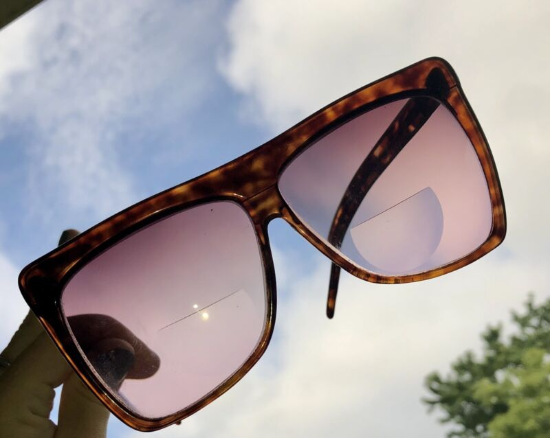 Vintage Laura Biagiotti T-418 Brown Tortoise Sunglasses. Made In Italy. w/ Case.
