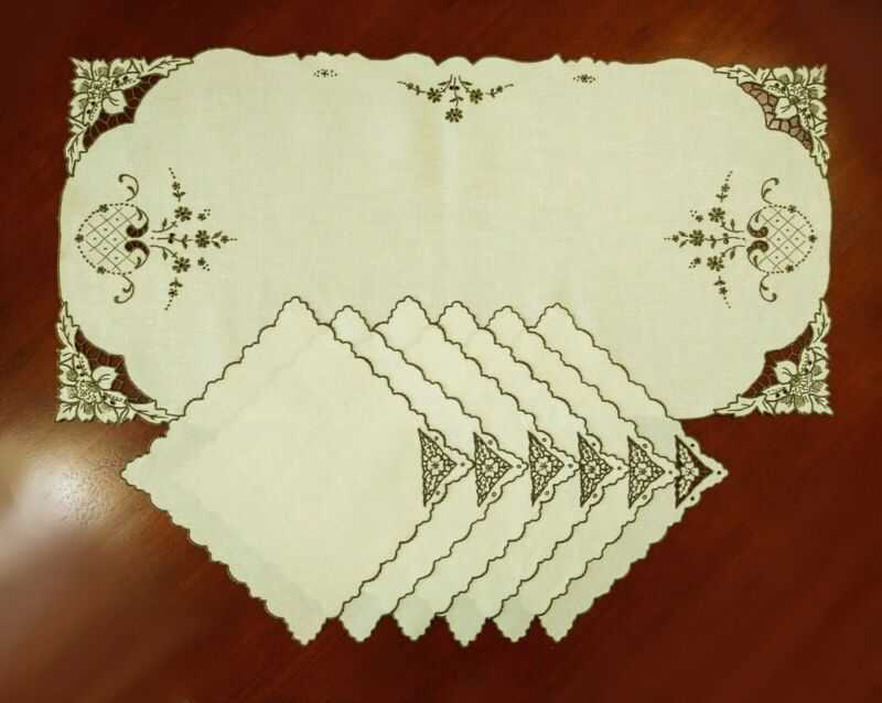 Vintage Linen Embroidered Madeira Cutwork Table Runner Six Napkins