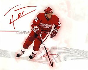Marian-Hossa-autographed-8x10-Detroit-Red-Wings-Free-Shipping