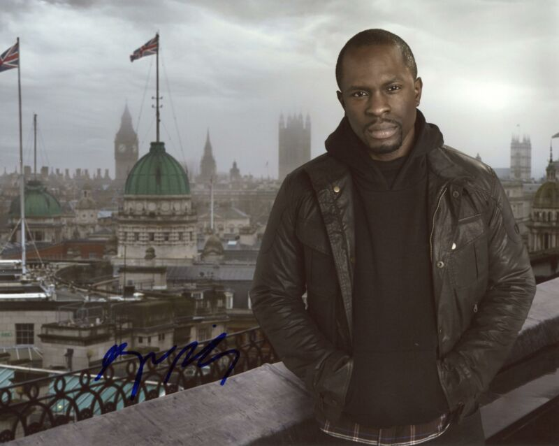 """Gbenga Akinnagbe """"24: Live Another Day"""" AUTOGRAPH Signed 8x10 Photo C"""