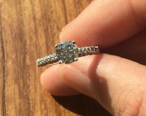 1.01 ct plus 58 side diamonds 18K gold engagement ring