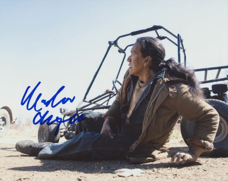 MICHAEL GREYEYES SIGNED TRUE DETECTIVE 8X10 PHOTO 2
