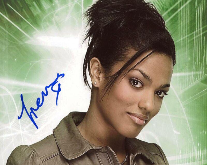 """Freema Agyeman """"Doctor Who"""" AUTOGRAPH Signed 8x10 Photo B ACOA"""