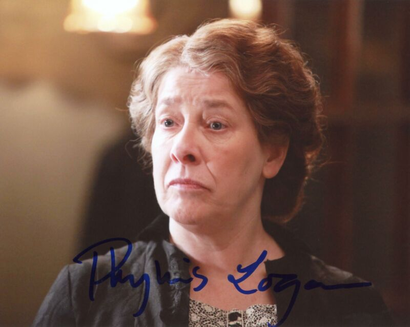 "Phyllis Logan ""Downton Abbey"" AUTOGRAPH Signed 8x10 Photo G ACOA"