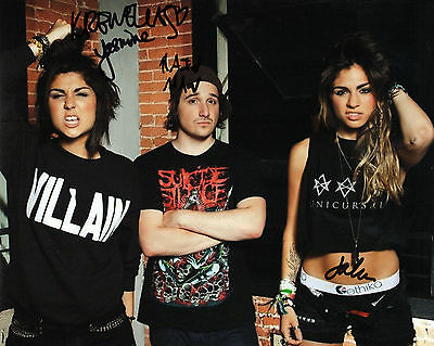 GFA Electro DJ House Group * KREWELLA * Signed 8x10 Photo EJ1 COA