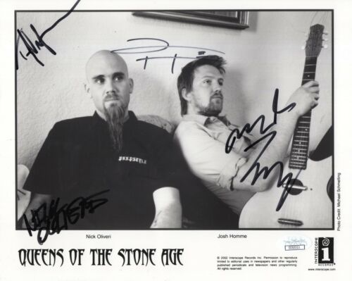 QUEENS OF THE STONE AGE hand signed 8x10 photo    SIGNED BY 4   JOSH HOMME   JSA