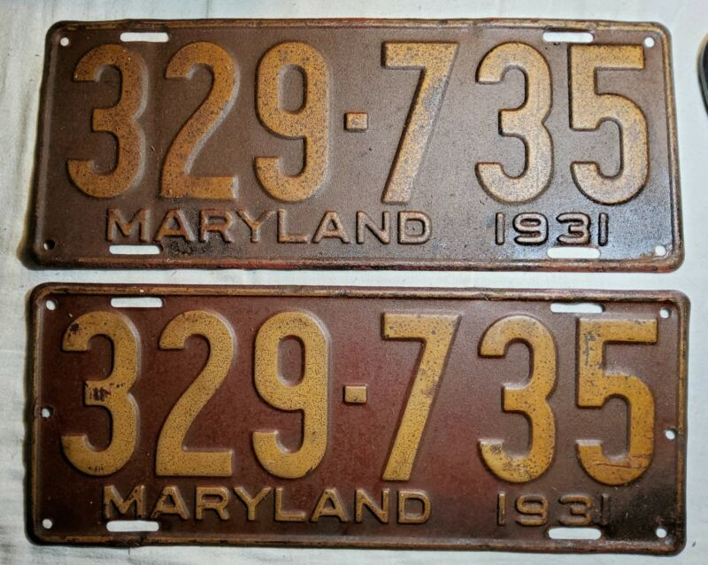 MATCHING SET OF 1931 EMBOSSED MARYLAND (MD) PAINTED STEEL LICENSE PLATES 329-735
