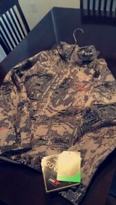 Brand New Sitka Hunting/Outdoor Rec Jacket