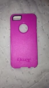 Pink Otter IPhone 5 case